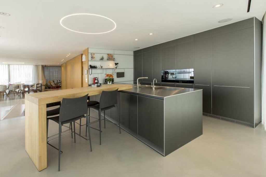 גופי תאורה שקועים בתקרה – כל היתרונות והאיכויות לעיצוב הבית