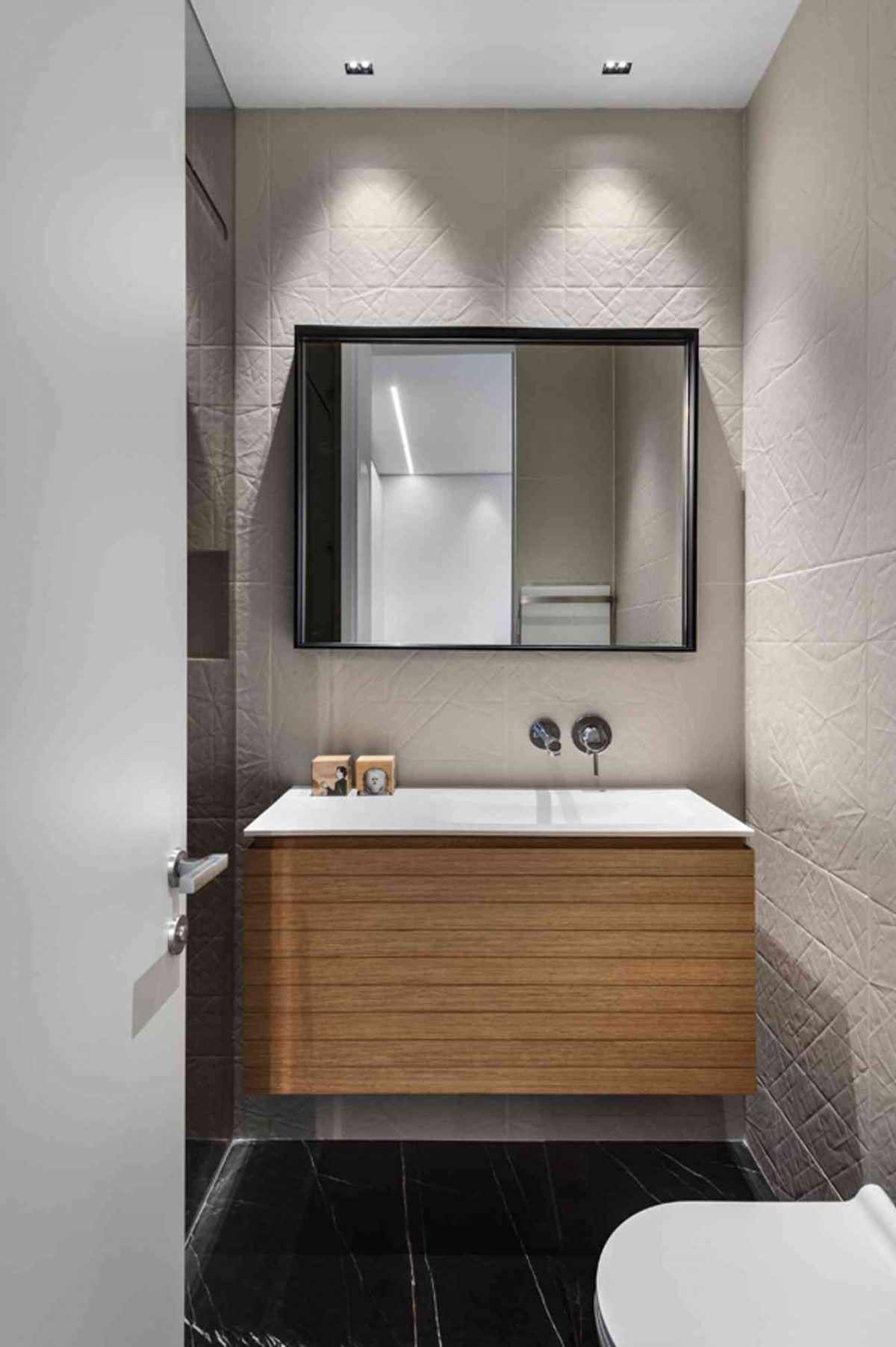 Vista – Netanya תאורה מעל כיור חדר האמבטיה נעשה על ידי קמחי תאורה