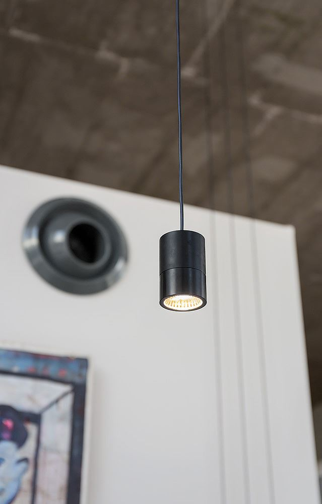 Florentine Project תכנון גוף תאורה תלוי נעשה על ידי קמחי דורי