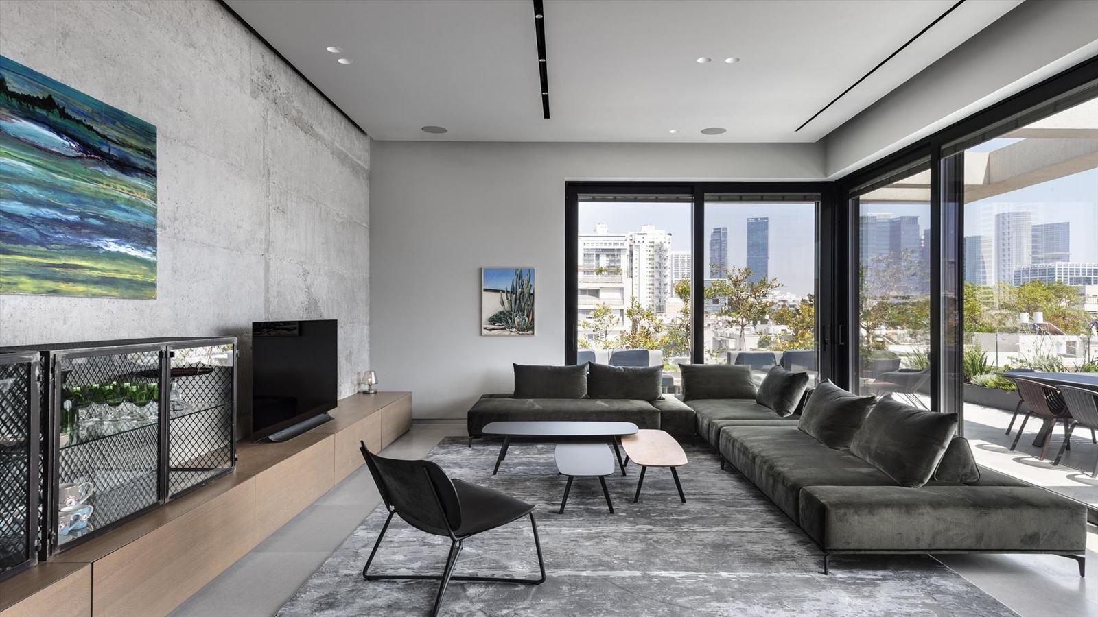 CENTRAL TLV LOFT קמחי תאורה תכנון גופי תאורה לסלון