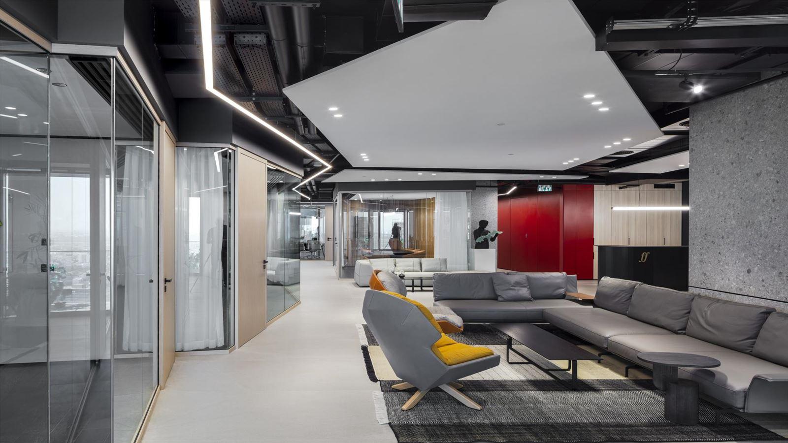 Fortissimo Offices – Tel Aviv שטח המשרד מואר בגופי תאורה של דורי קמחי