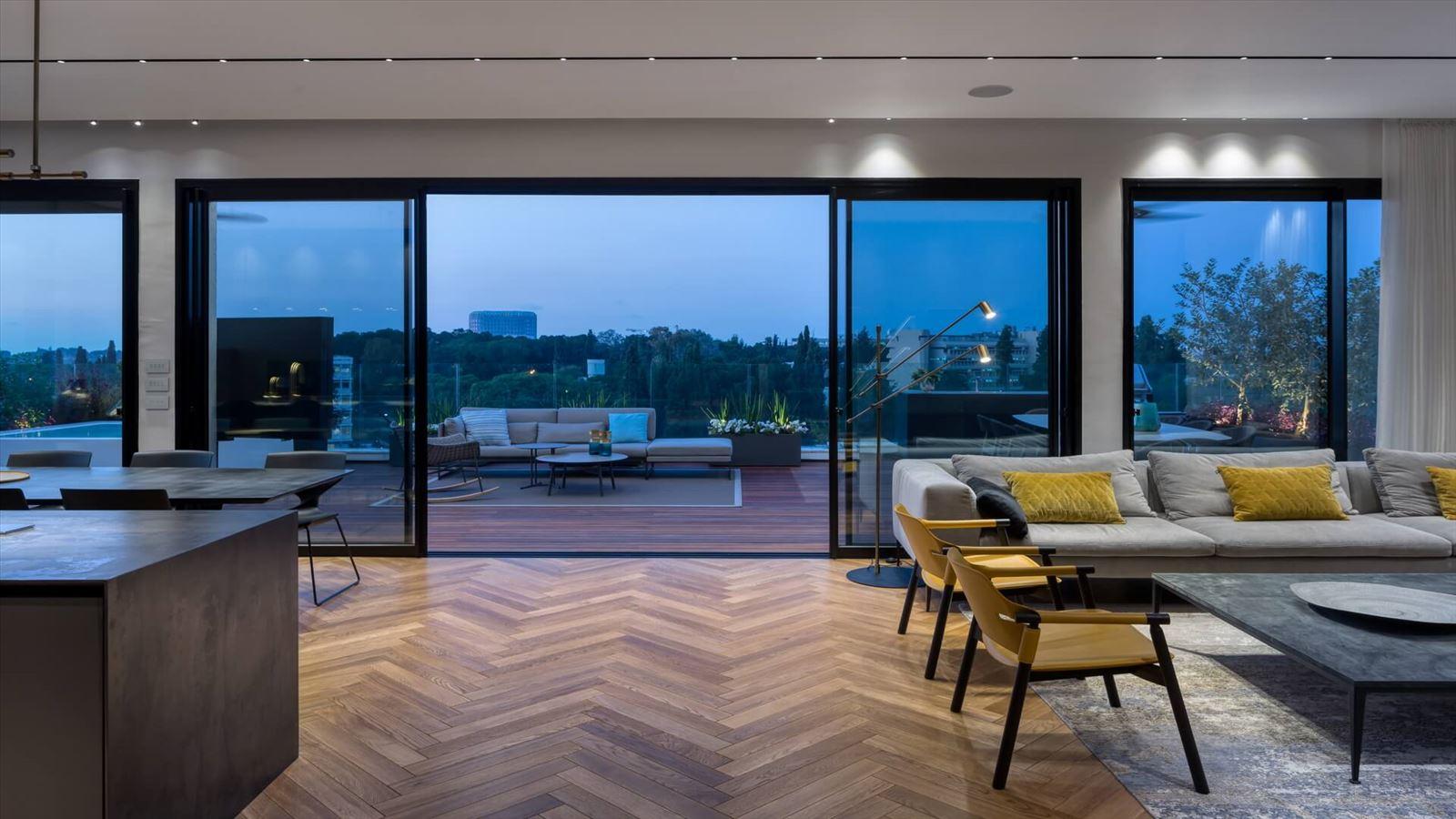 Penthouse Carmelit - עיצוב תאורה על ידי קמחי דורי