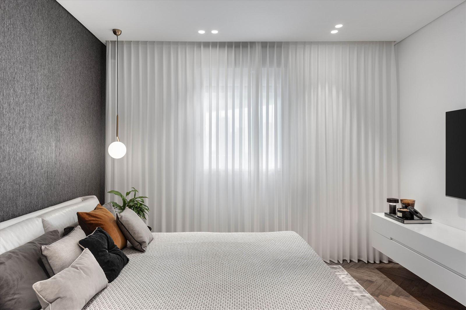 Duplex lighting - תאורת חדר שינה על ידי דורי קמחי