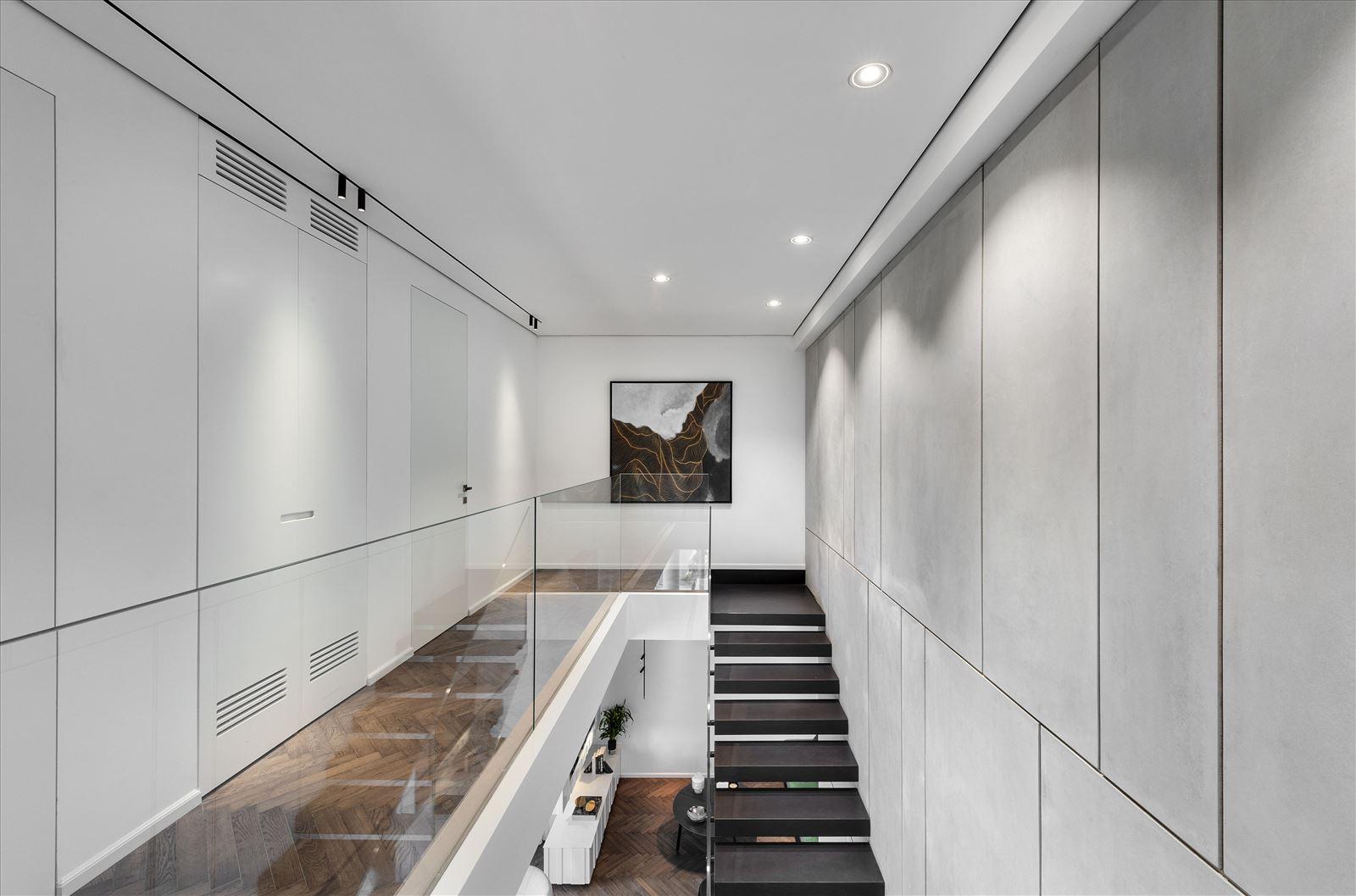 פרויקט Duplex lighting על ידי קמחי תאורה