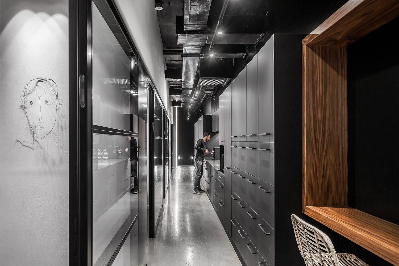 פרויקט תאורה - Adi Naor's offices