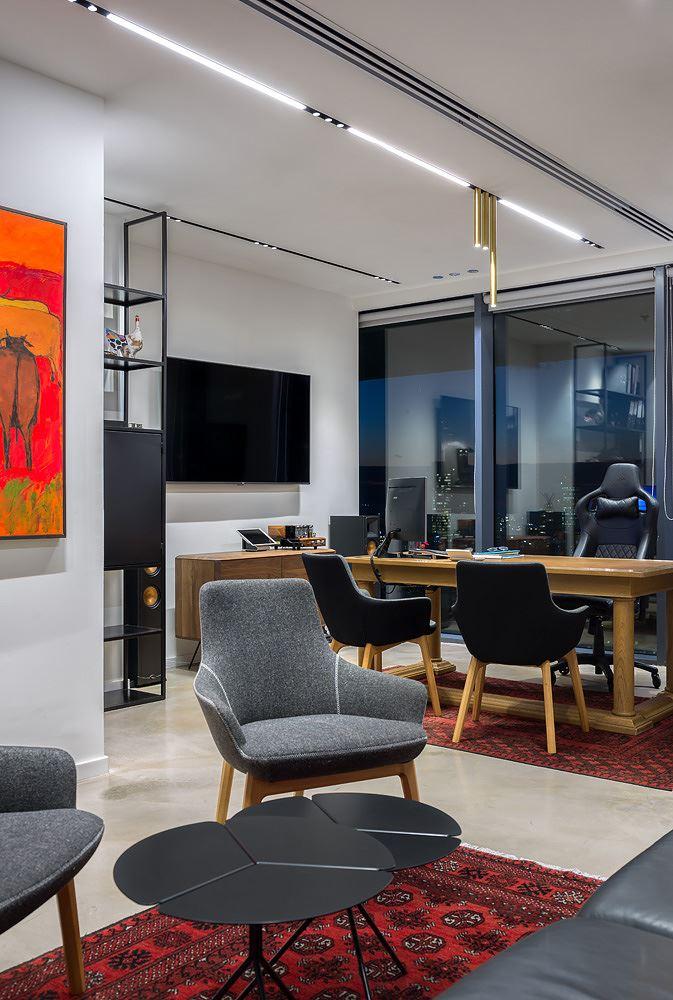 Adi Naor's offices פרויקט מבית קמחי תאורה