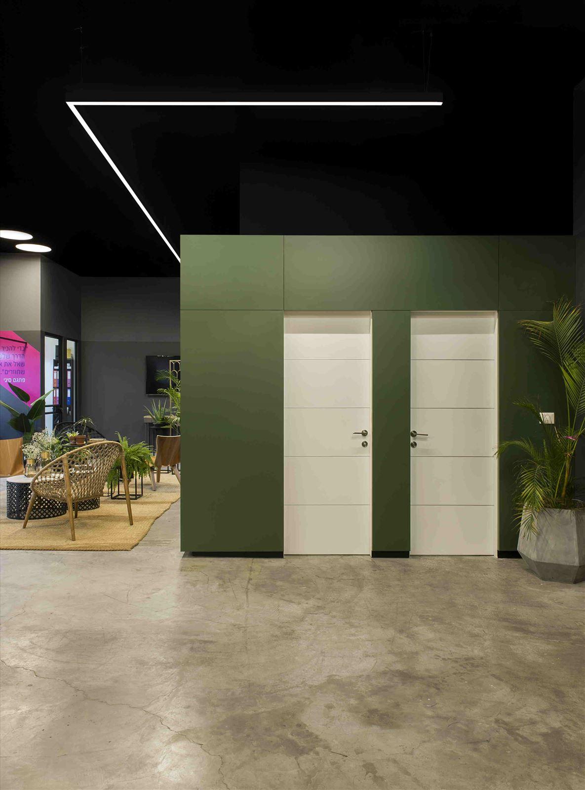 Ewave Offices תאורה בחלל המשרדים נעשתה על ידי קמחי תאורה