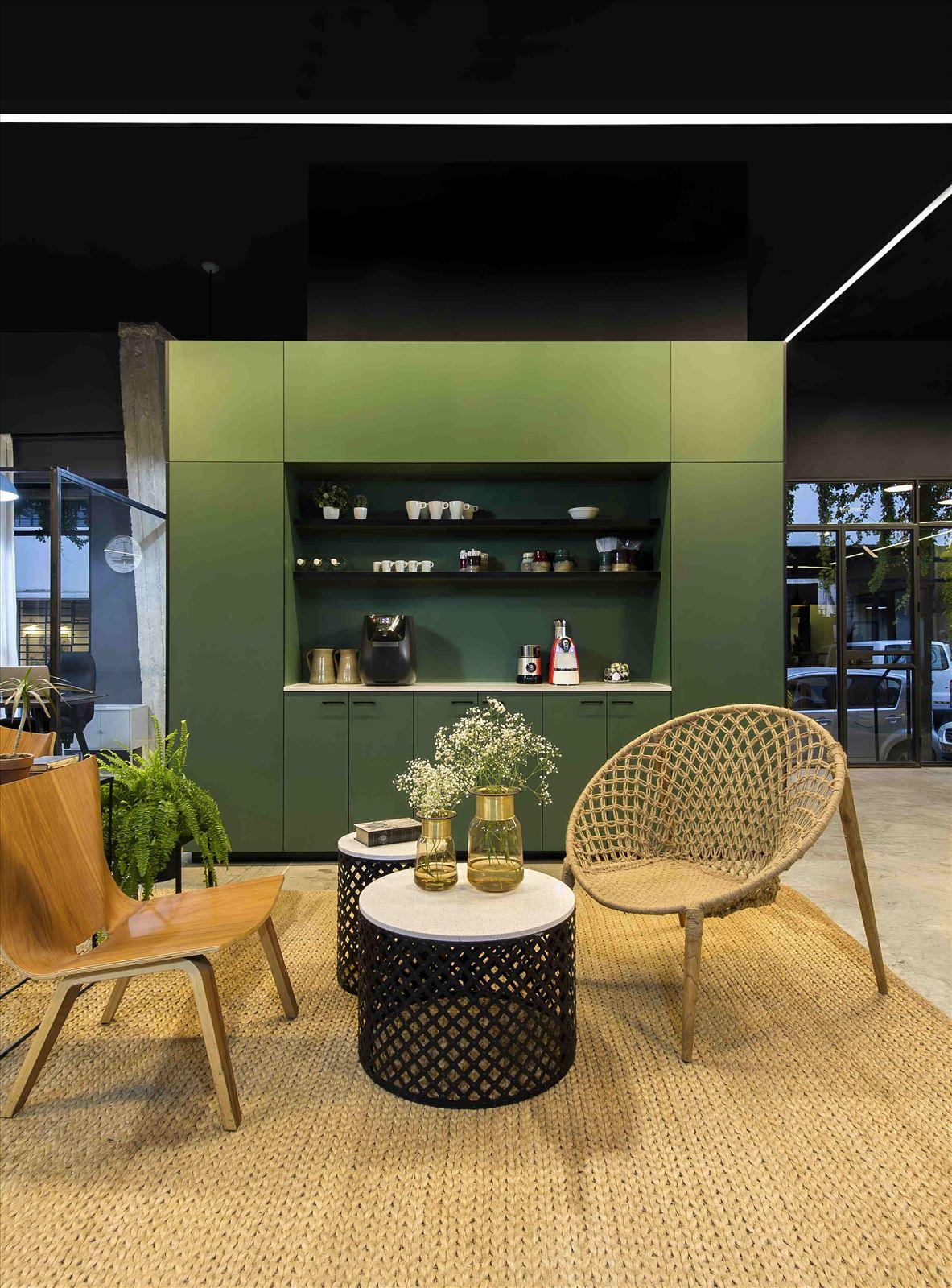 Ewave Offices תאורת המשרד מבית קמחי תאורה אדריכלית