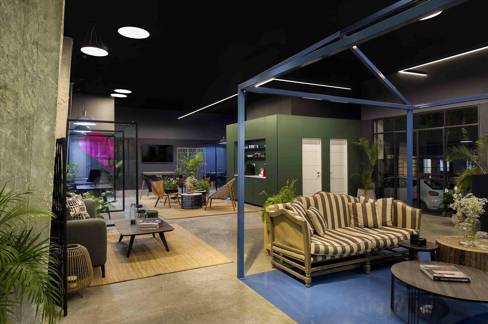 Ewave Offices תאורה מדהימה במשרדים נעשתה על ידי דורי קמחי
