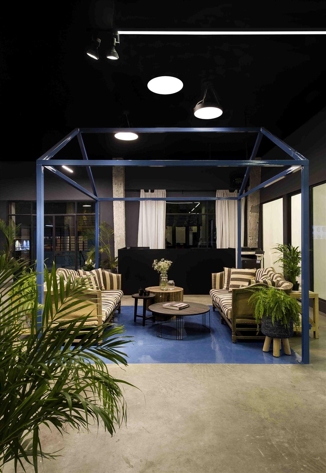 Ewave Offices תאורה בתקרת המשרדים על ידי קמחי תאורה