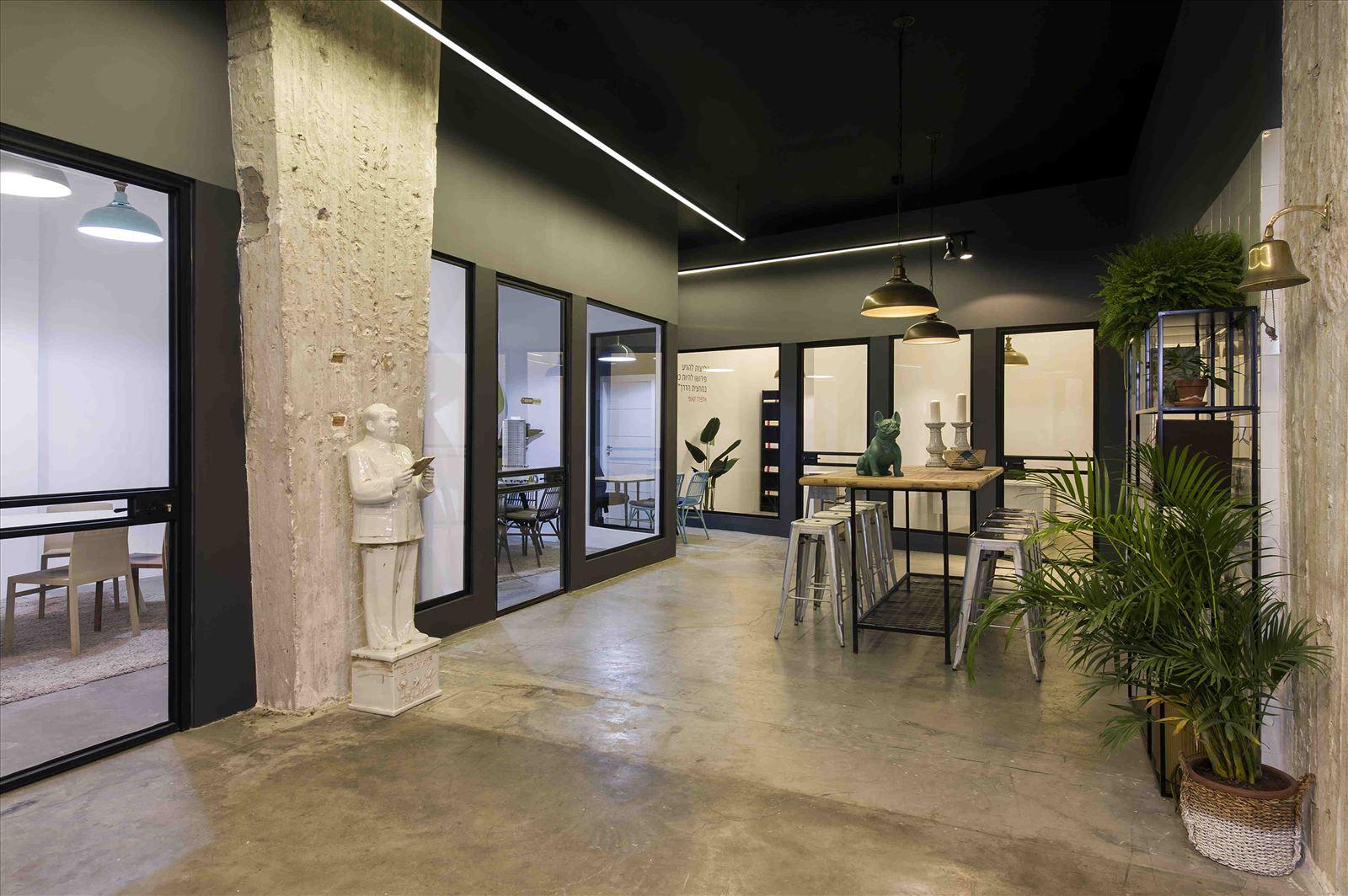 Ewave Offices תאורה בחלל המשרדים על ידי דורי קמחי תאורה אדריכלית