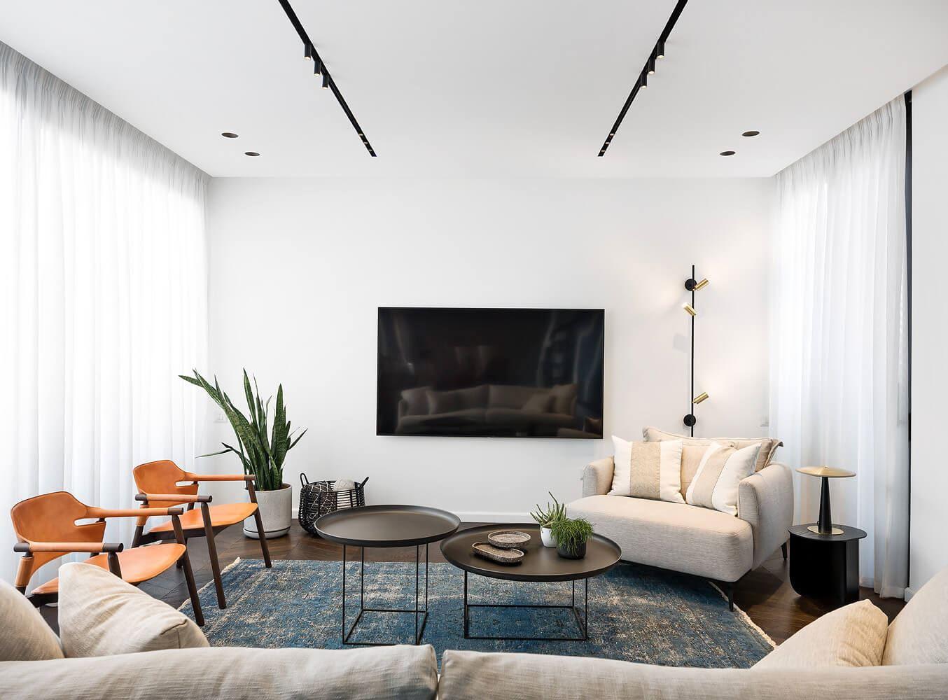 התקנת תאורה בסלון, פרויקט תאורה בבית בגבעתיים - DORI KIMHI