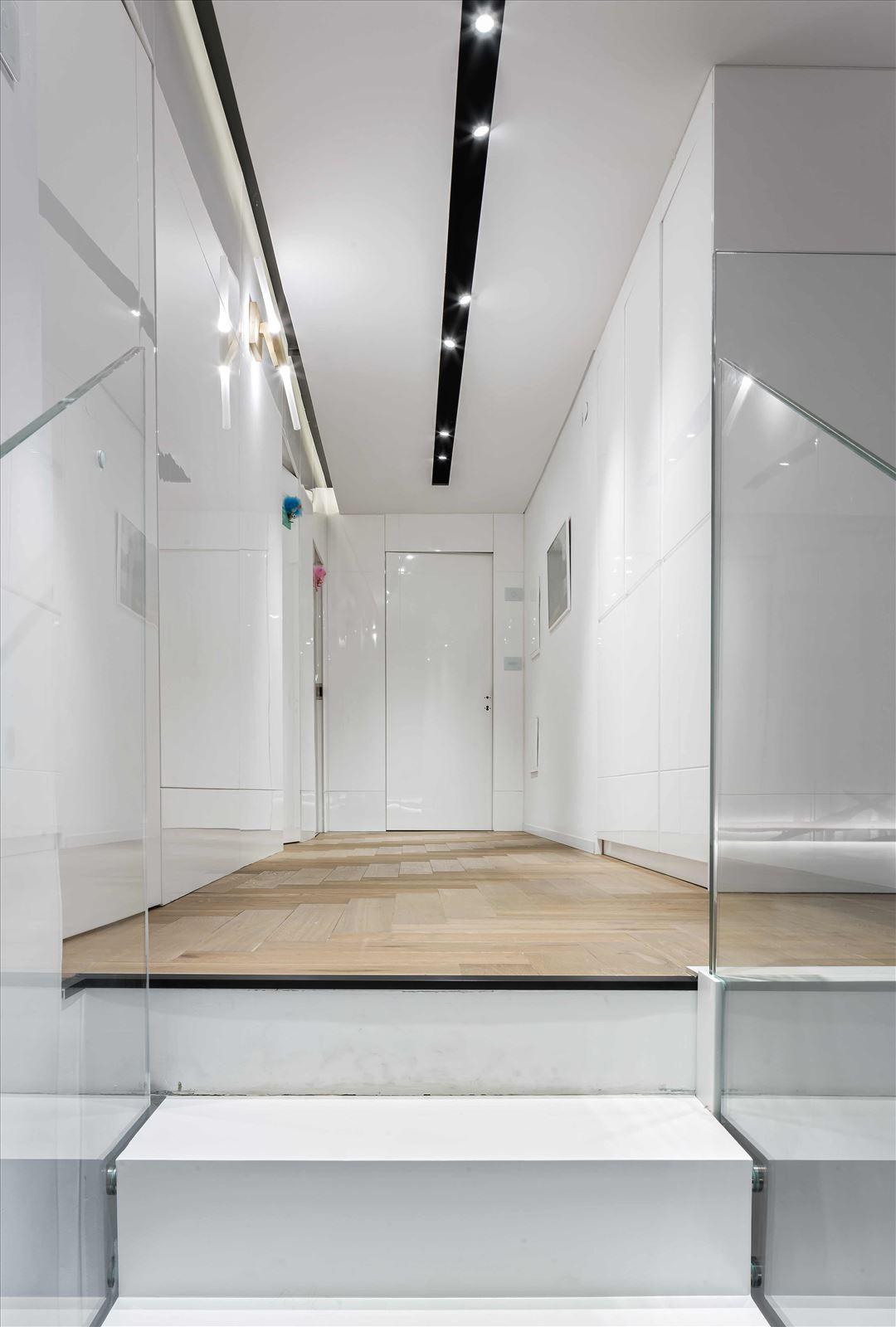 תאורת תקרה בפרויקט תאורה בבית פרטי על ידי דורי קמחי