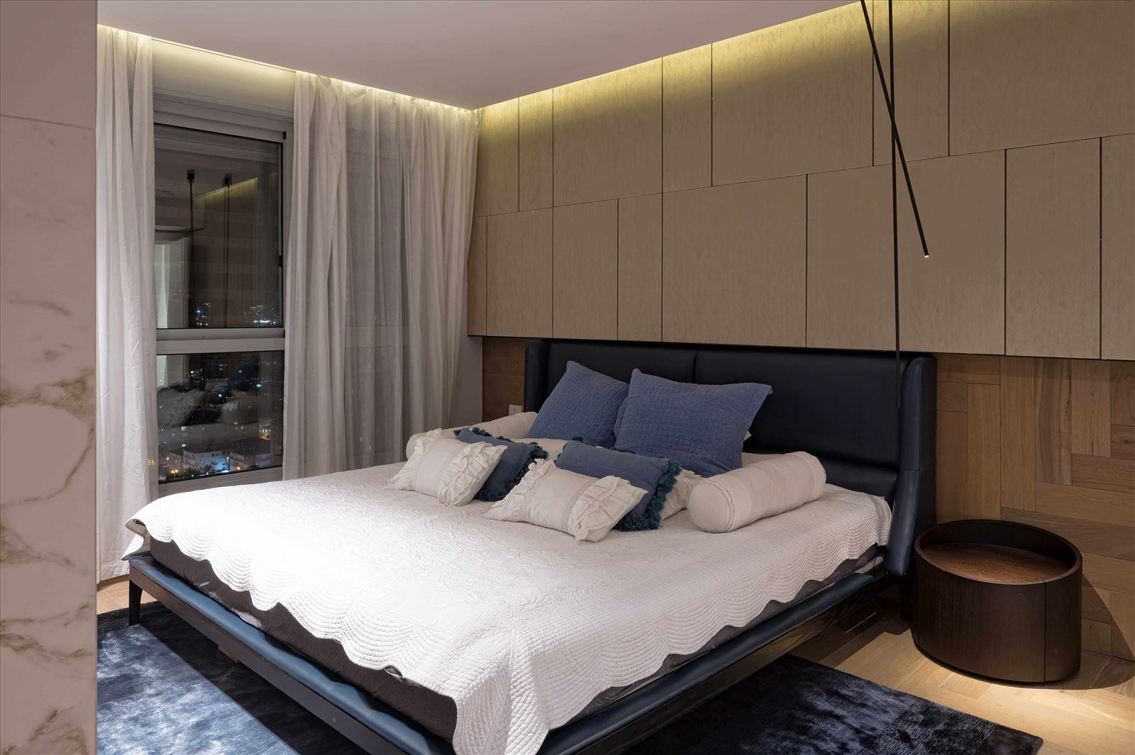 תאורת חדר שינה - פרויקט תאורה בבית פרטי על ידי דורי קמחי
