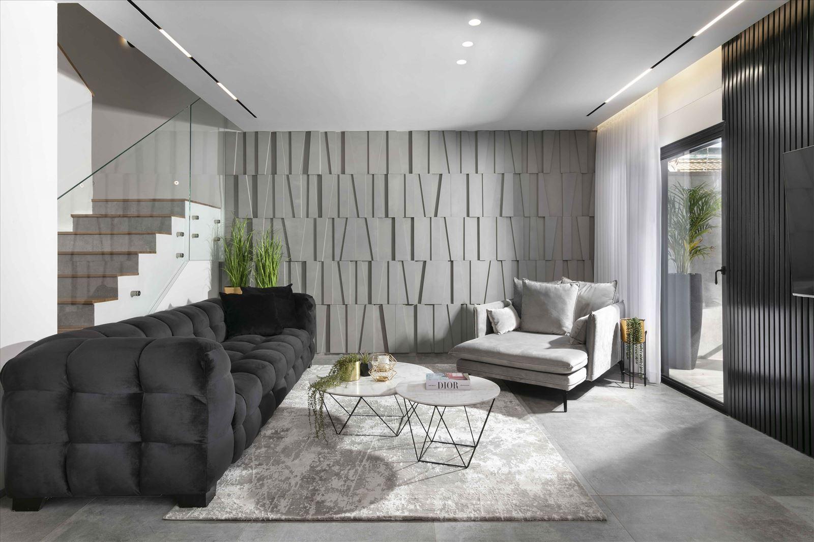 Lighting project private house תאורת הסלון בבית נעשתה על ידי קמחי תאורה