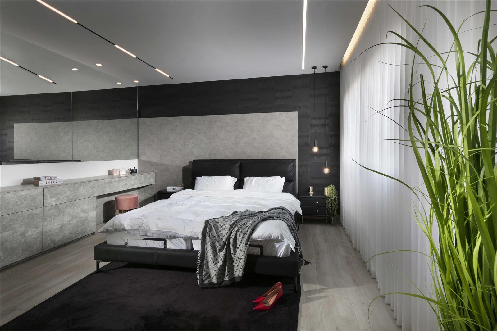 Lighting project private house התקנת תאורה בחדר השינה על ידי קמחי תאורה