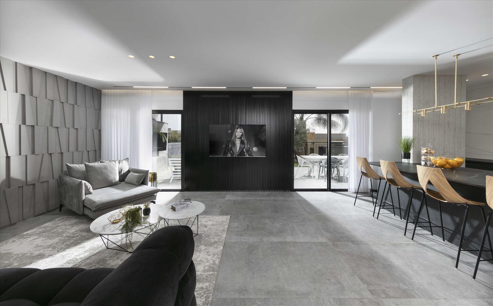 Lighting project private house פרויקט תאורה בסלון על ידי דורי קמחי