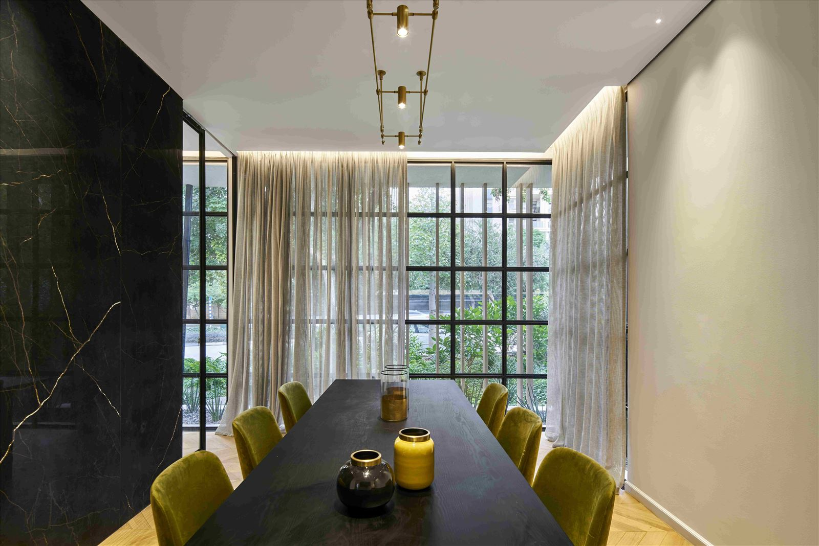 sales office - onone תאורה אדריכלית על ידי דורי קמחי