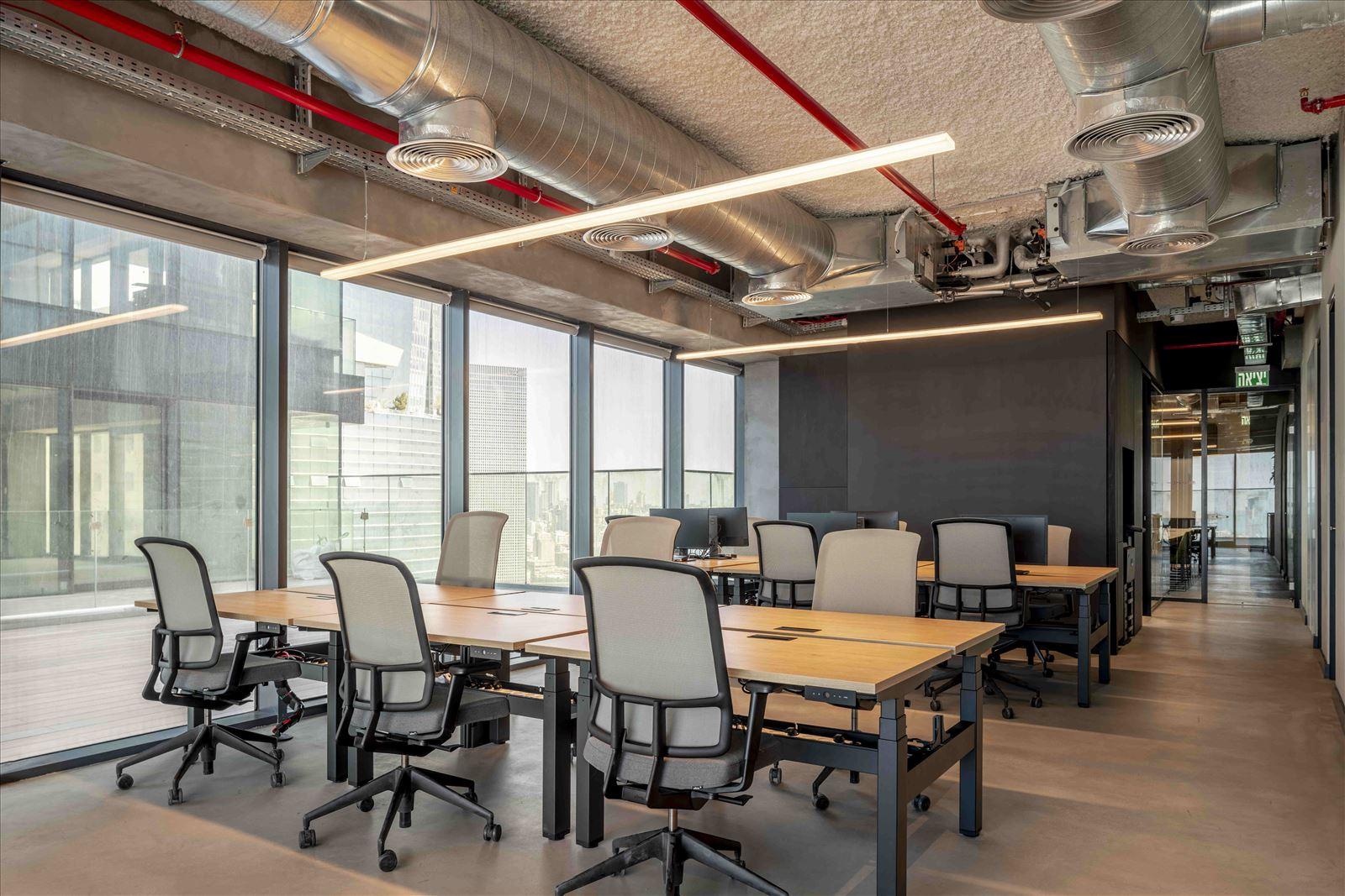 Office project תאורה בחלל העבודה במשרד על ידי קמחי תאורה