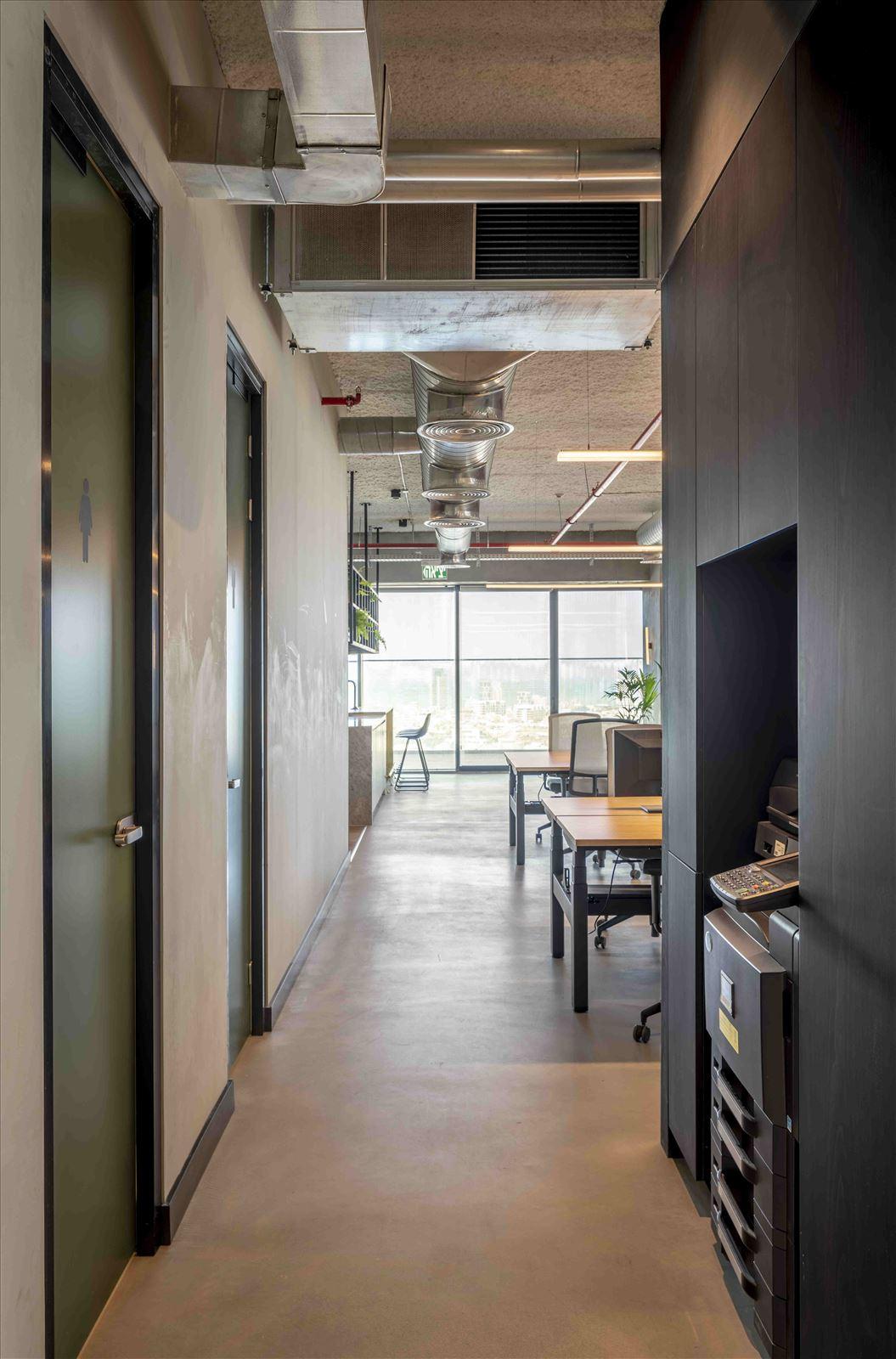 Office project תאורה בחלל המשרד מבית קמחי תאורה