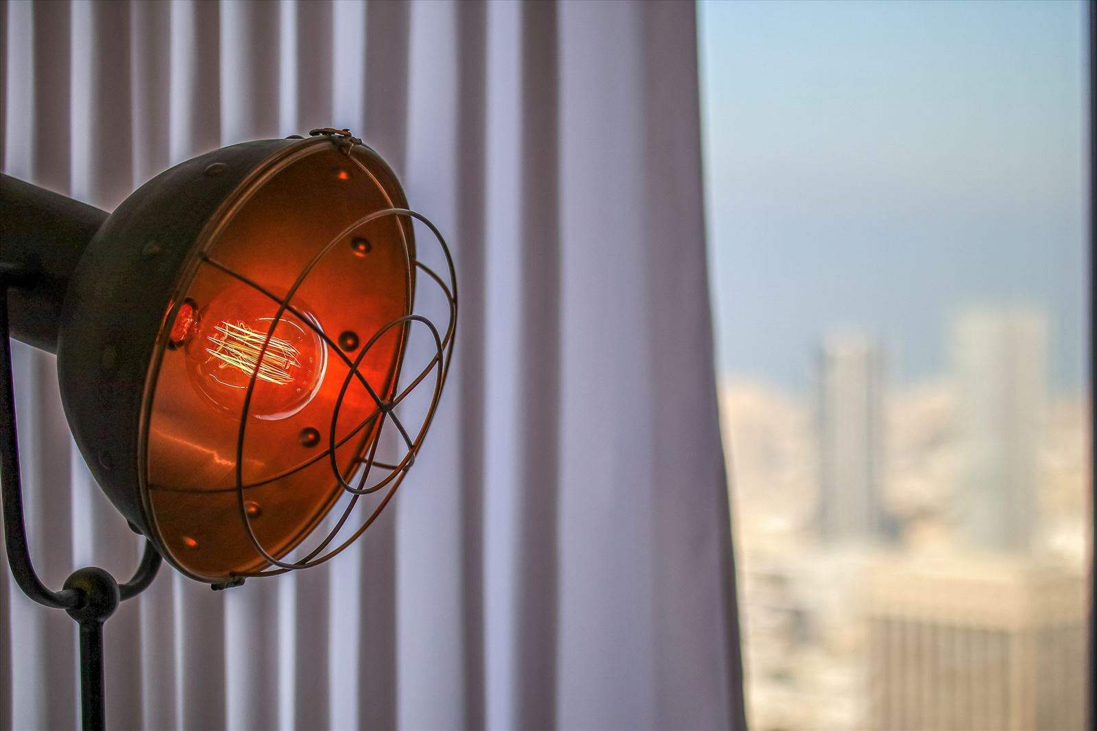 Pie Technology Office - עיצוב תאורה בחלל המשרד על ידי קמחי תאורה