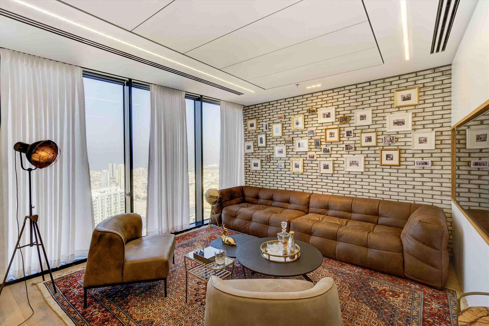 Pi Technology Office - עיצוב תאורה על ידי דורי קמחי