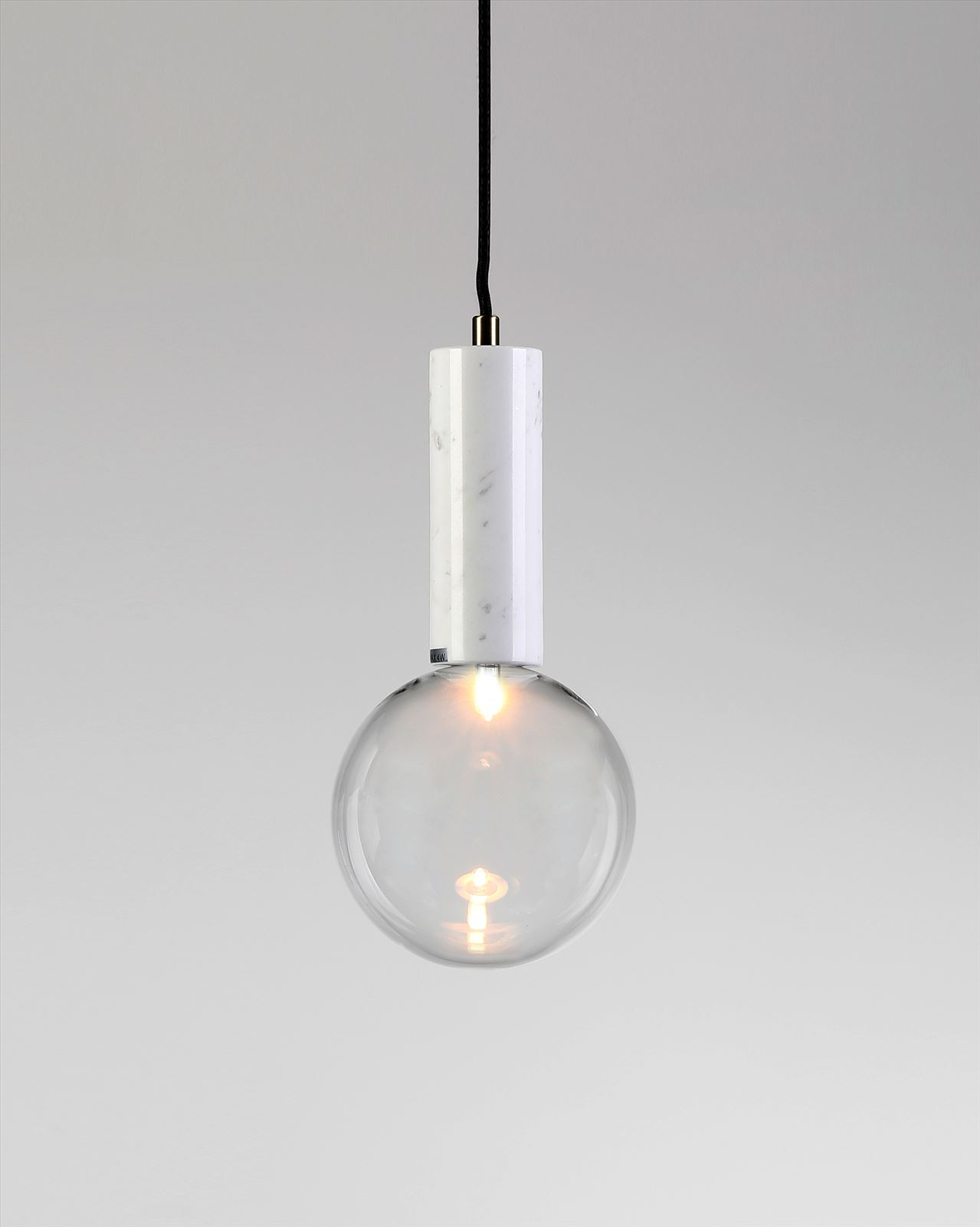 גופי תאורה בקטגוריית: מנורות תלויות ,שם המוצר: BADOLINA L