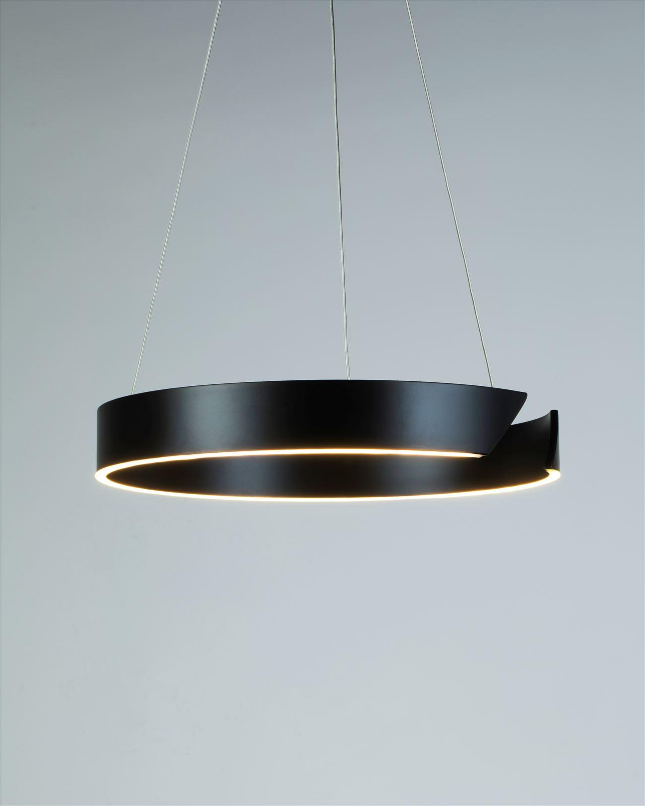 גופי תאורה בקטגוריית: מנורות תלויות ,שם המוצר: C-LIGHT