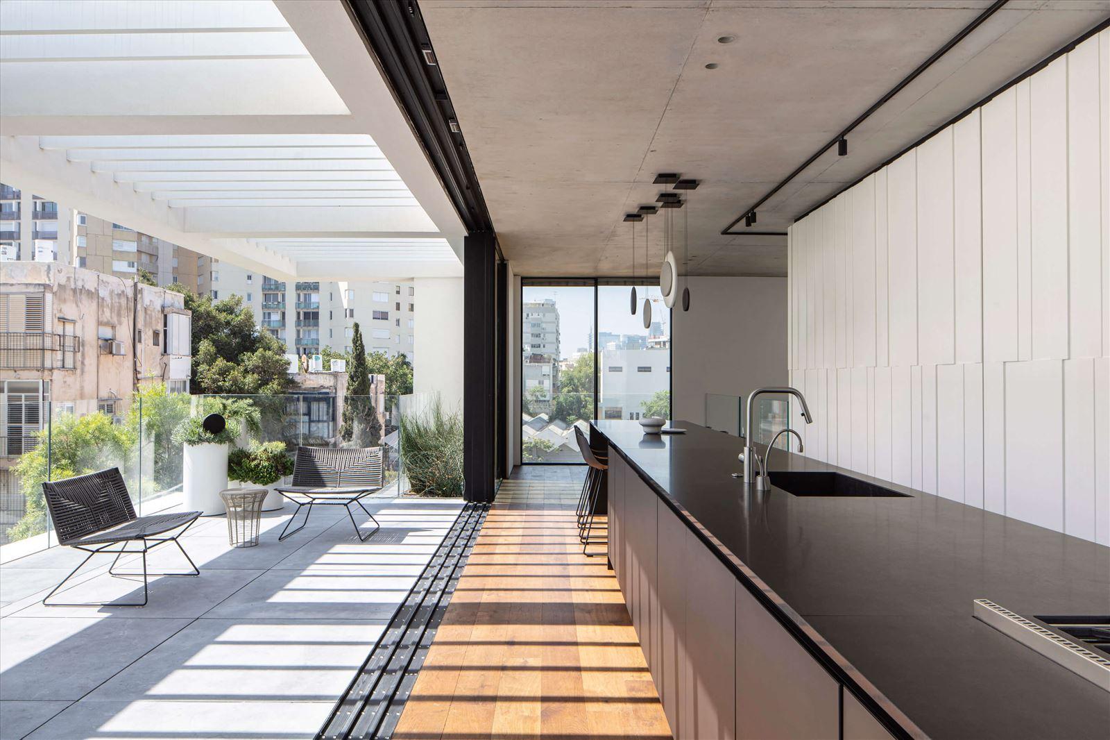 תאורת תקרה תלויה מבית קמחי תאורה