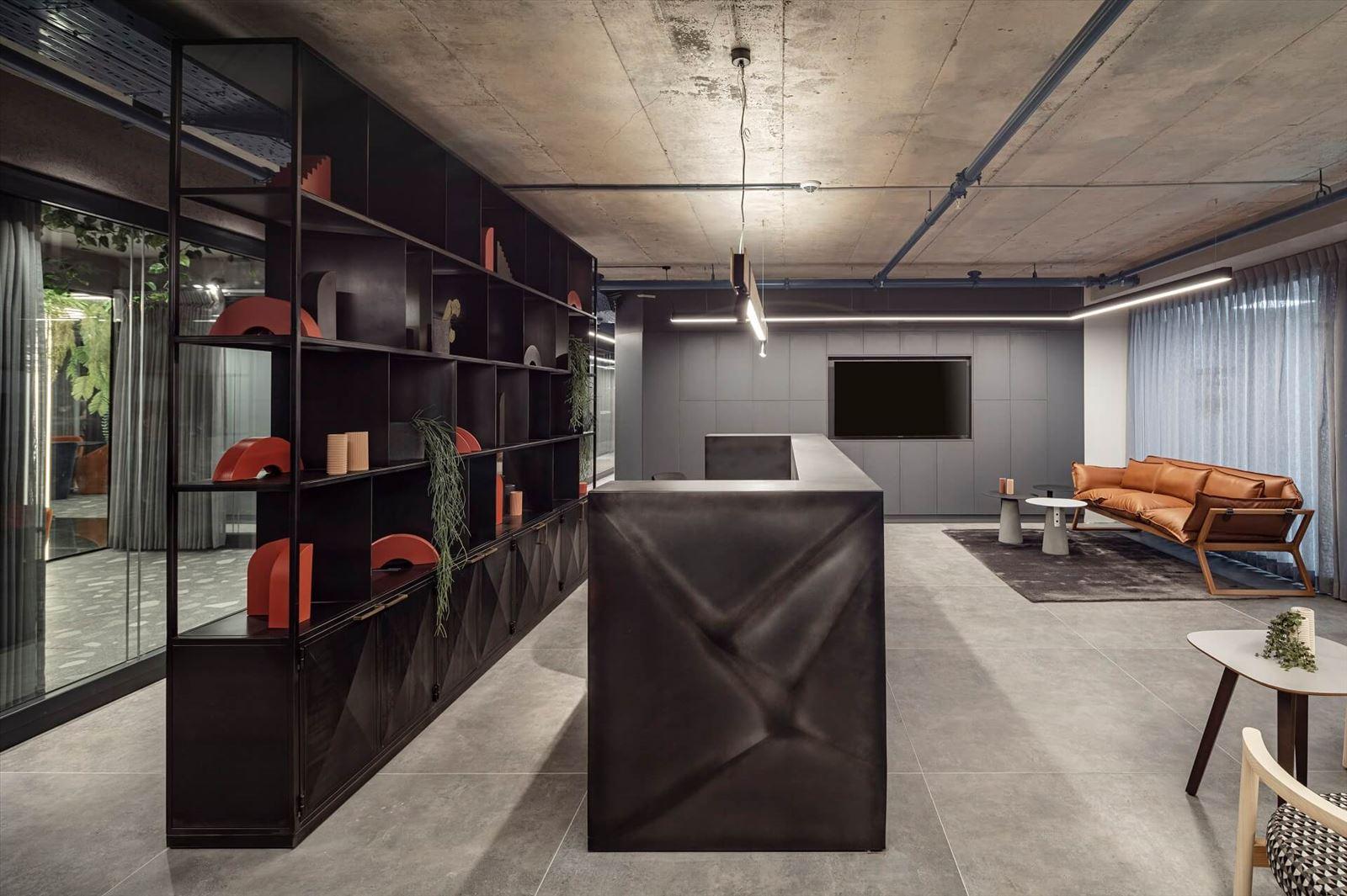 פרויקט תאורה מבית קמחי תאורה - משרדי מזרחי ובניו