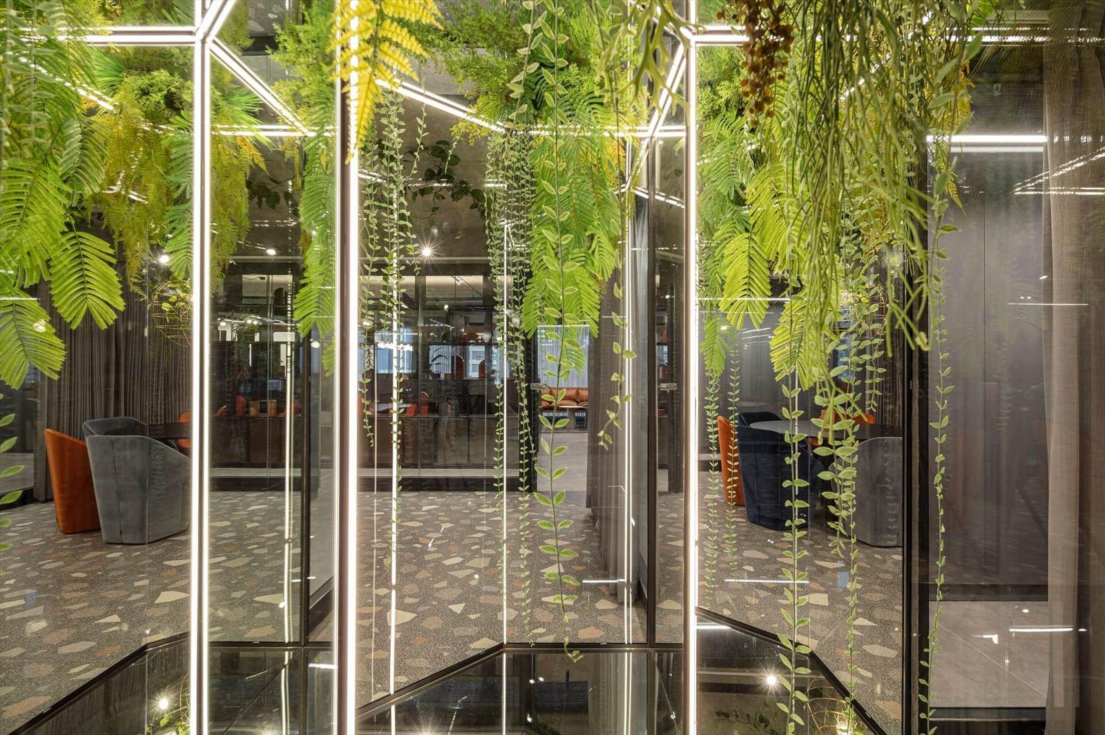 פרויקט תאורה משולבת צמחיה מבית קמחי תאורה